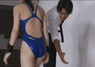 武井咲競泳水着がロリエロemi8