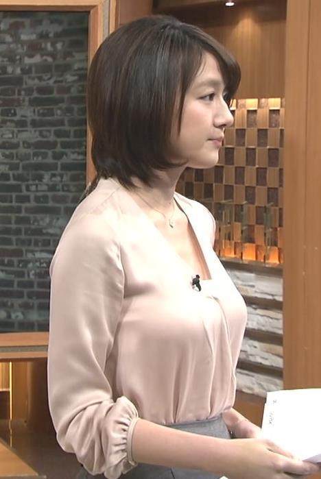 大島由香里アナ巨乳おっぱいの谷間胸チラリエロお宝画像