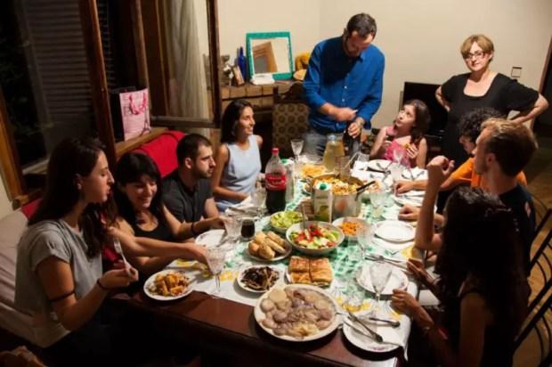 Cena italo-georgiana a base di pasta alla norma e khachapuri