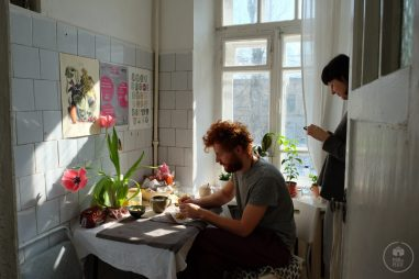 Helga Wigandt, una illustratrice botanica moldava: intervista video