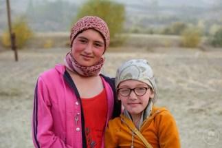 Due sorelle dell'ultimo villaggio della valle Wakhan