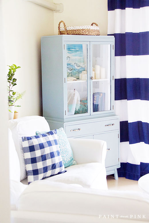 ... A Beach Cottage Living Room Makeover