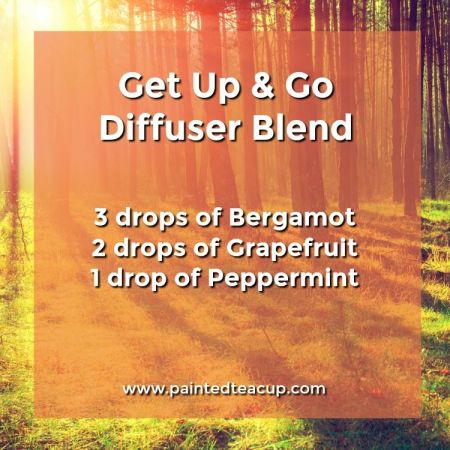 Get up and go diffuser blend perfect for sleepy mornings. It will give you energy to get motivated for the day. 5 Monday Essential Oil Diffuser Blends to make your Monday a little more manageable! Blends for morning energy, afternoon focus & evening relaxation!