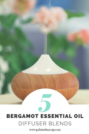 Wonderful bergamot diffuser blends to inspire joy and hope. These recipes combine bergamot essential oil with other essential oils to help lift your mood! #diffuserblends #essentialoils #bergamot #bergamotessentialoil #diffuserrecipe