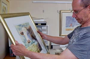 Checking for dust -how to frame a watercolor painting