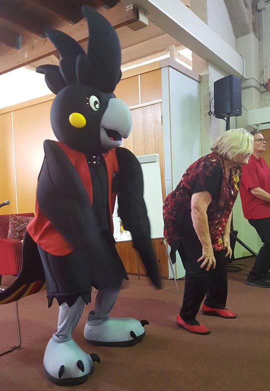 Agi dancing