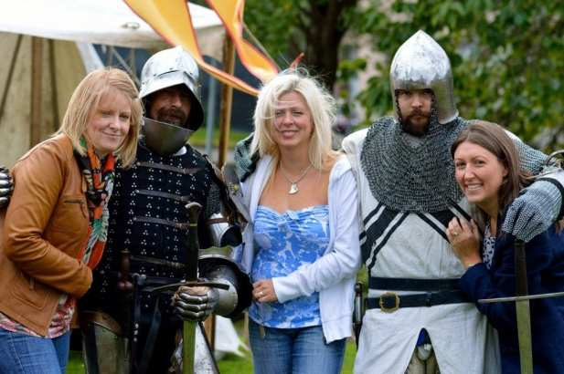 Paisley Abbey medieval Festival