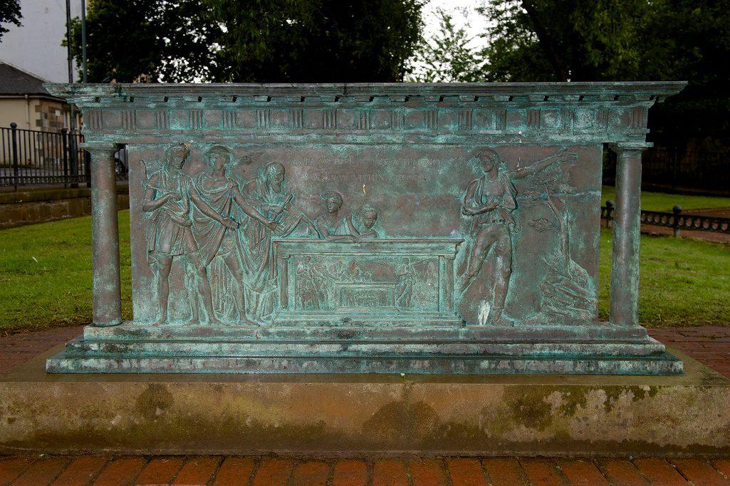 Plaque in commemoration of Alexander Wilson