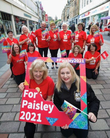2017 City of Culture All For One Choir visited Paisley hopefuls on Saturday 23rd September. They serenaded the locals with an impromptu performance before taking in some Paisley culture