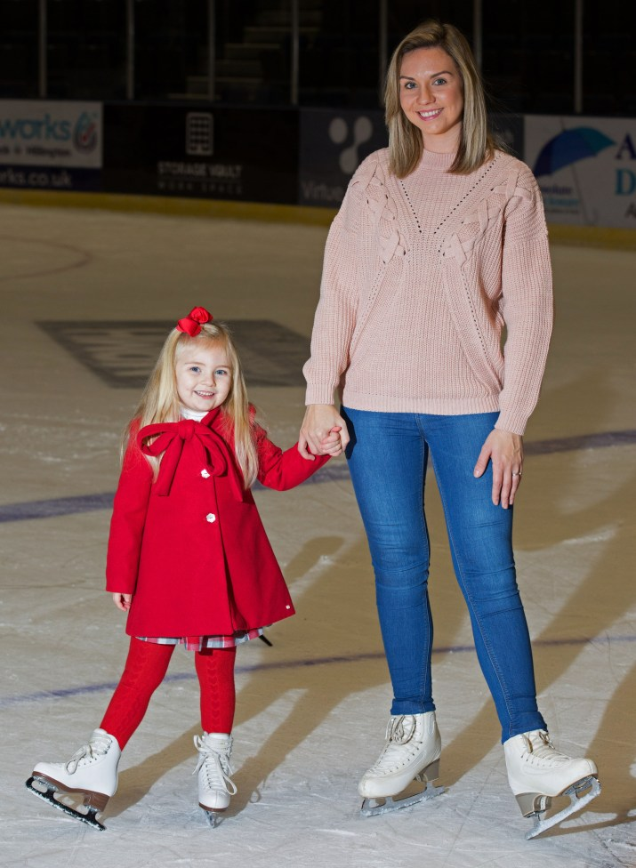 Family Coaching Lessons have started up again at intu Braehead Ice Rink Pictured Ella Ferguson age 4 and Mum Nicola Ferguson age 27 Mark F Gibson / Gibson Digital infogibsondigital@gmail.co.uk www.gibsondigital.co.uk All images © Gibson Digital 2017. Free first use only for editorial in connection with the commissioning client's press-released story. All other rights are reserved. Use in any other context is expressly prohibited without prior permission.