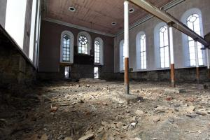 castlehead-church-inside-gutted-34 35202485553 o