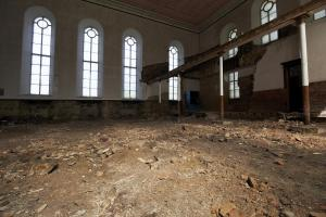 castlehead-church-inside-gutted-35 35971791826 o