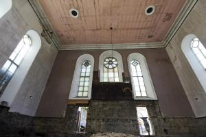 castlehead-church-inside-gutted-64 35842427742 o