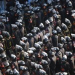 800px-Central_Security_Forces_in_2011_Egyptian_Protests.widea