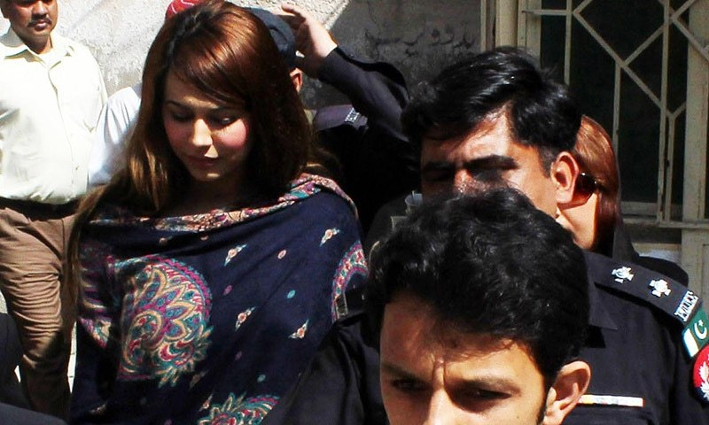 Ayyan is set to be acquitted... mystery for whom she is working still unresolved (1)