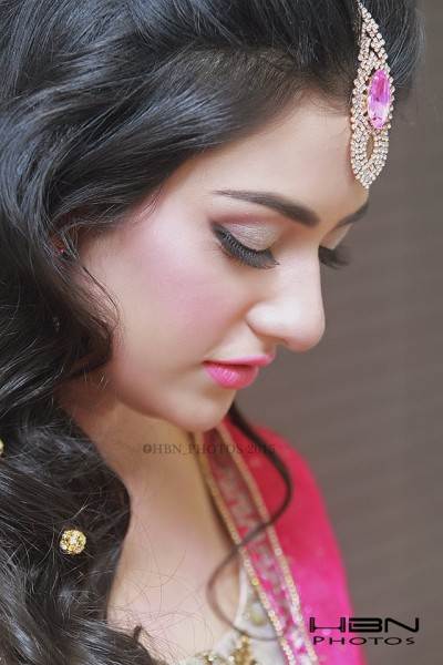 The Gorgeous and Beautiful Sarah Khan. She looks exquisite in Bridal Wear (13)
