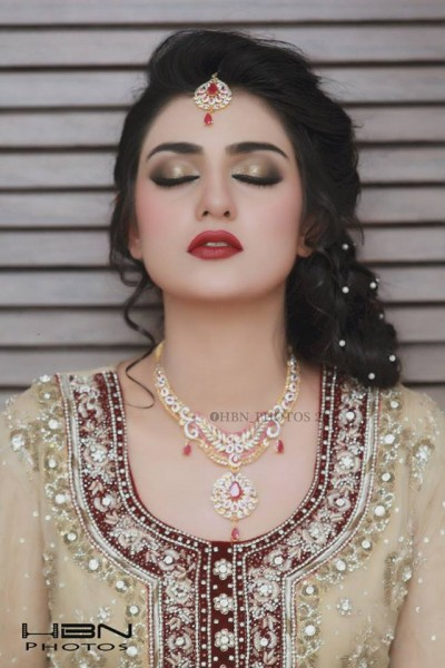 The Gorgeous and Beautiful Sarah Khan. She looks exquisite in Bridal Wear (6)