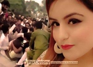 what-happened-with-ayesha-akram-at-minar-e-pakistan-lahore