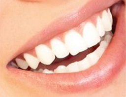 jak dbać o zęby białe