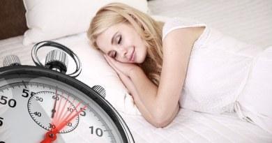 ile godzin powinno się spać ?