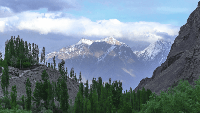 beautiful places , Pakistan tour guide