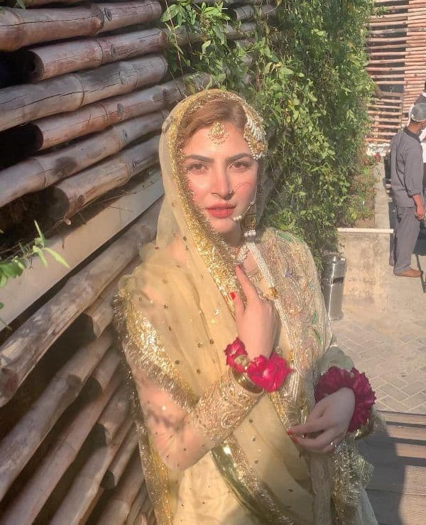 Hamza Ali Abbasi wedding pics, Naimal Khawar wedding