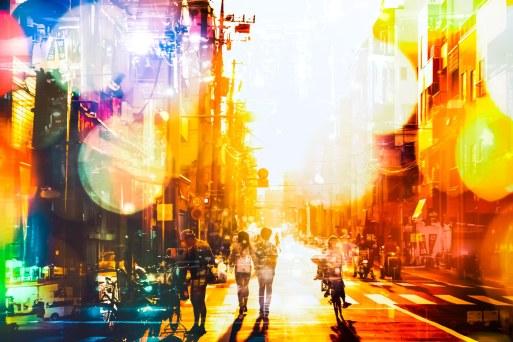 「下町の明るい未来(フォトモンタージュ)」の写真