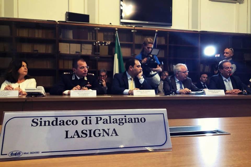 """Il Sindaco di Palagiano: """" ABBIAMO FIRMATO IN PREFETTURA IL PROTOCOLLO SICUREZZA PER PALAGIANO"""