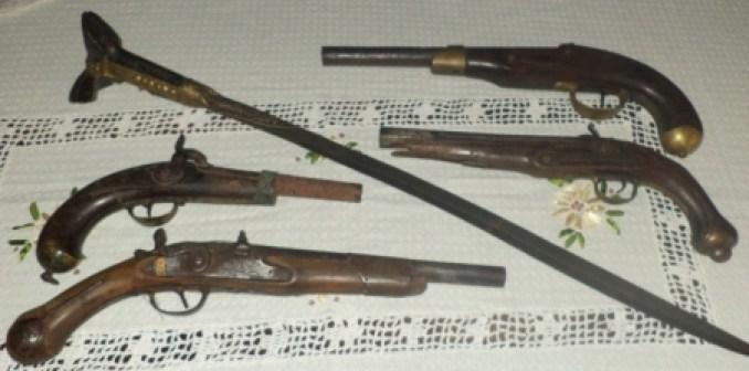 Αποτέλεσμα εικόνας για Τα Όπλα της Επανάστασης