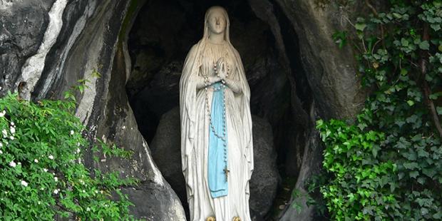 Terço a Nossa Senhora de Lourdes