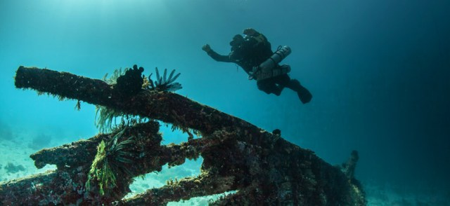 sidemeount-diving-philippines