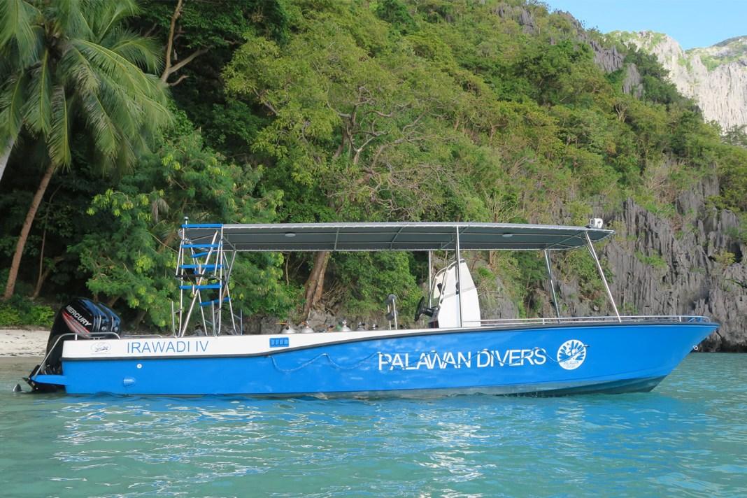 palawan-divers-boat