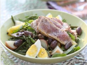 Grilled_Ahi_Niçoise_Salad
