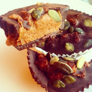 PALEO PUMPKIN PIE BUTTER CHOCOLATE CUPS
