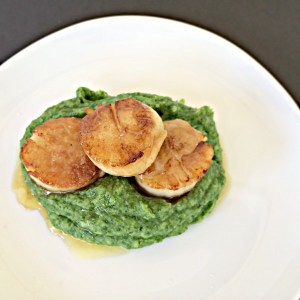 SCALLOPS WITH SPINACH PARSNIP MASH & RELAXATION