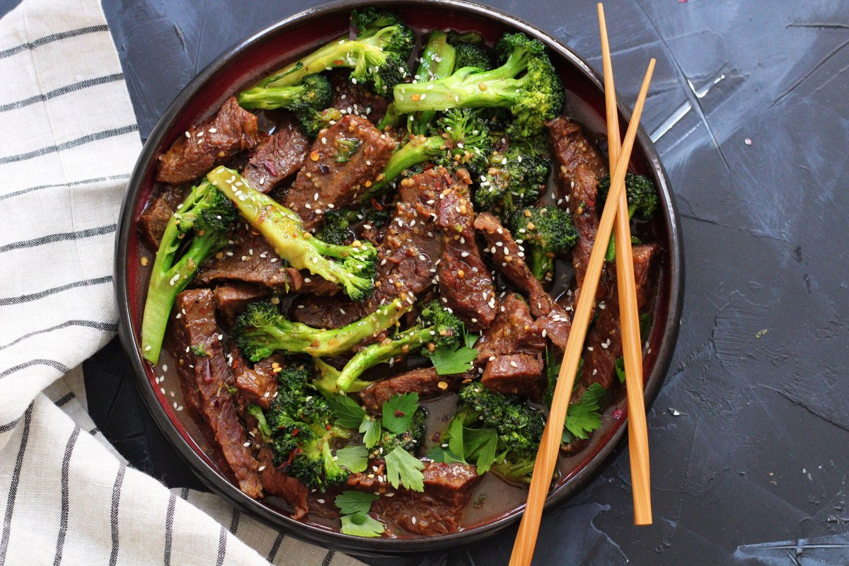 Instant Pot Beef and Broccoli: Whole30, Paleo and 30 Minutes!