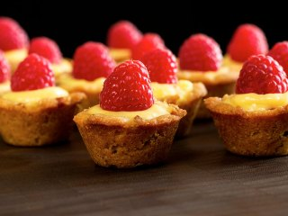 Bite-size Paleo Lemon-Raspberry Cups