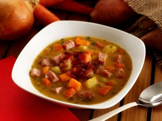 Paleo Ham & Sweet Potato Soup