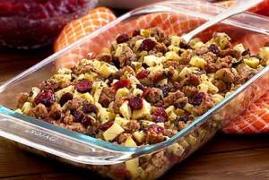 easy paleo recipe for Sausage, Apple & Cranberry Stuffing