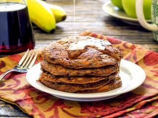 Paleo Banana-Carrot Pancakes