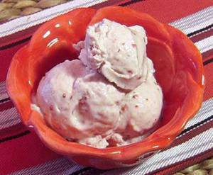 easy paleo recipe for strawberry banana non-dairy ice cream