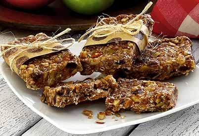 Paleo Cinnamon-Raisin Energy Bars Recipe