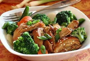 easy paleo recipe for slow-cooked teriyaki chicken