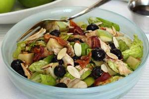 easy paleo recipe for winter blueberry salad with maple vinaigrette
