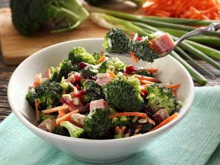 Paleo Broccoli & Ham Salad