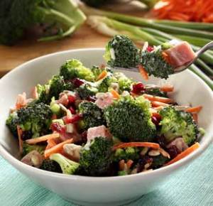 easy paleo recipe for a broccoli and ham salad with paleo mayo dressing