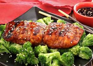 easy paleo recipe for grilled salmon with paleo teriyaki sauce