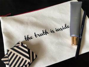 free Beautycounter makeup pouch offer