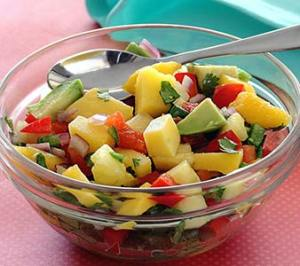 easy paleo recipe for mango-pineapple salsa
