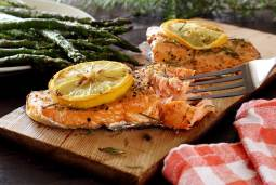 easy paleo recipe for cedar plank grilled salmon